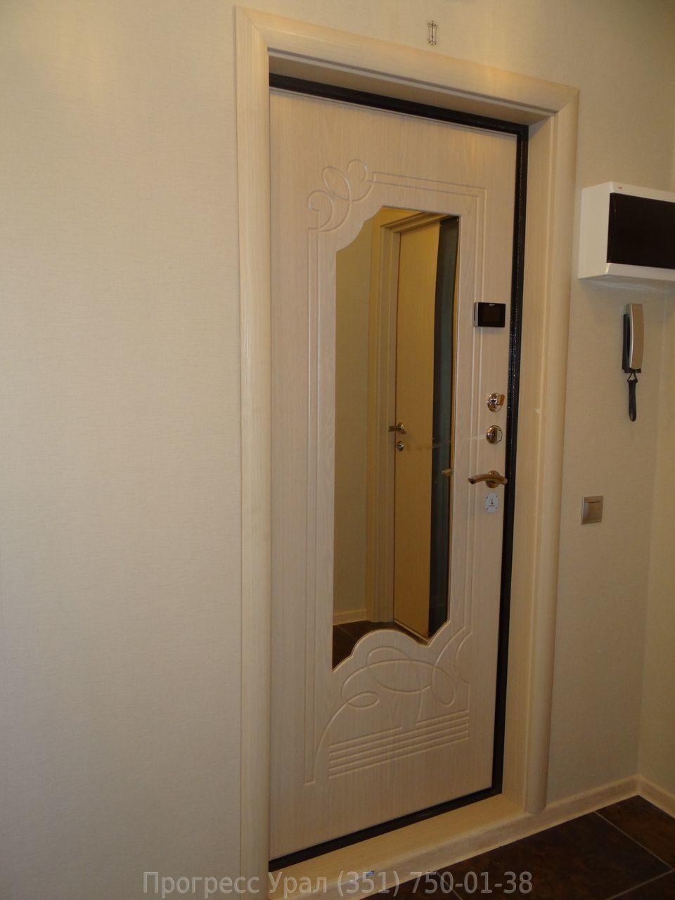 входная сейф дверь белая